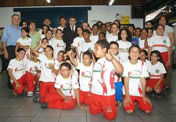 Prefeitura de Osasco faz parceria com ONG Bola Branca