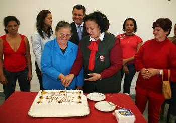 Fundo Social de Solidariedade de Osasco comemora o Dia das Mães