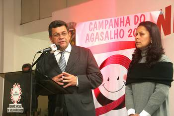 Fundo Social de Osasco lança Campanha do Agasalho 2008