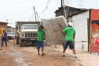 Obras de urbanização do Morro do Socó são vistoriadas