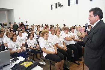 """Prefeito de Osasco prestigia palestra do Programa """"Saúde Não Tem Idade 2008"""""""
