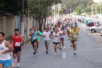 Segunda edição da Corrida de Santo Antônio leva mais de 800 atletas às ruas de Osasco