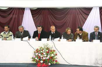 Emidio prestigia entrega de título de cidadã osasquense à  secretária Dulce Helena Cazzuni