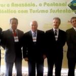 André Menezes (Diretor de Políticas Institucionais da ACEO), Benedito Ferreira (Conselheiro da ACEO), Juracy Dalle Lucca (Secretário SICA), Marcos Finco (Diretor de Indústria - SICA) e Carlos Dezen (Diretor de Relações Institucionais e Sociais da ACEO).