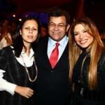 o-casal-acompanhado-pela-cantora-adryana-ribeiro-osasco